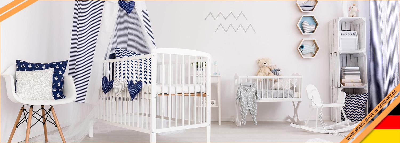 Schlichtes Kinderzimmer-Set in weiß